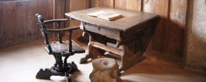 Martin Luther desk