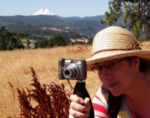 Using the camera on the Leki Trekking Pole