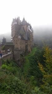 Burg Eltz_004 (720x1280)