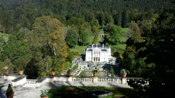 Linderhof Castle Scenic view