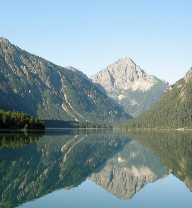 alpine_lake_austria